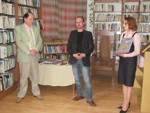 Autori víťazných kníh, zľava: Peter Huba a Michal Čajka