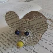 Myška zo starých kníh
