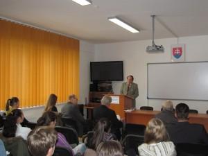 Riaditeľ Oravskej knižnice, promovaný historik Peter Huba