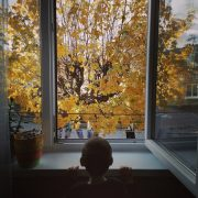 Kopčáková Daniela - Keď je pekná jeseň (ešteže máme tú prírodu v týchto ťažkých časoch rovno pred oknom)